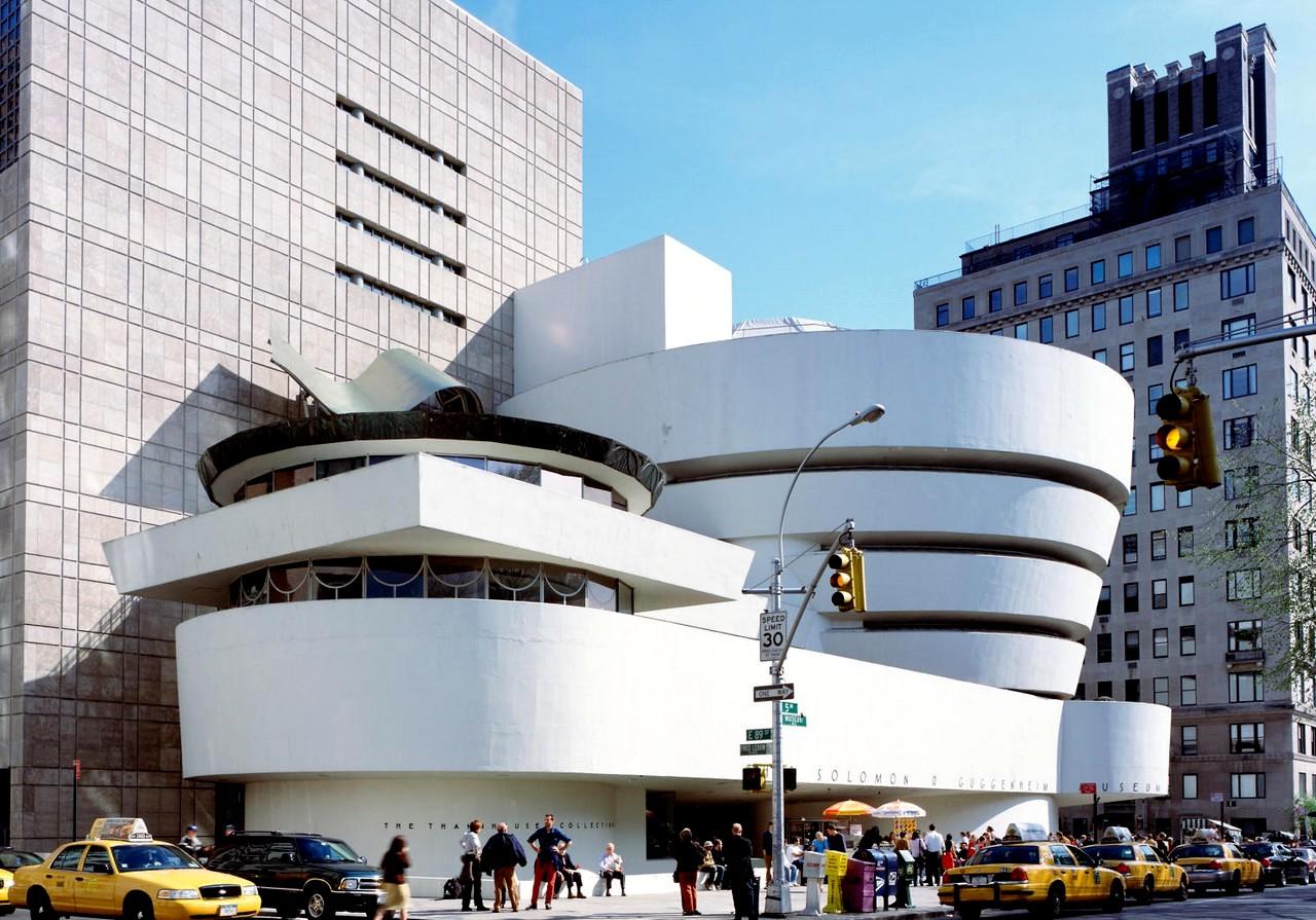 Mus 233 E Solomon R Guggenheim Tout New York